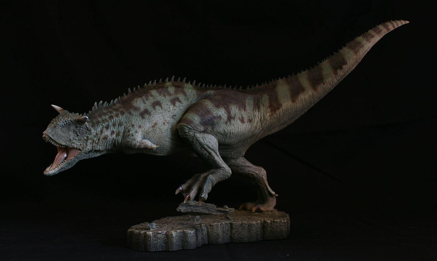 Carnotaurus Sideshowtoy